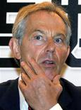 """<p>Экс-премьер Британии Тони Блэр на пресс-конференции в Пекине 20 августа 2009 года. Палестинец обозвал спецпосланника ЕС на Ближнем Востоке Тони Блэра """"террористом"""". REUTERS/David Gray</p>"""