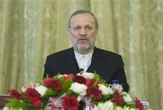 <p>EDITORS' NOTE: Reuters and other foreign media are subject to Iranian restrictions on their ability to film or take pictures in Tehran. Iran's Foreign Minister Manouchehr Mottaki speaks during a news conference in Tehran October 20, 2009. REUTERS/Raheb Homavandi</p>