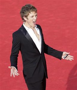 Actor Charlie Bewley poses on the red carpet of the movie ''The Twilight Saga: New Moon'' at the Rome film festival October 22, 2009. REUTERS/Tony Gentile