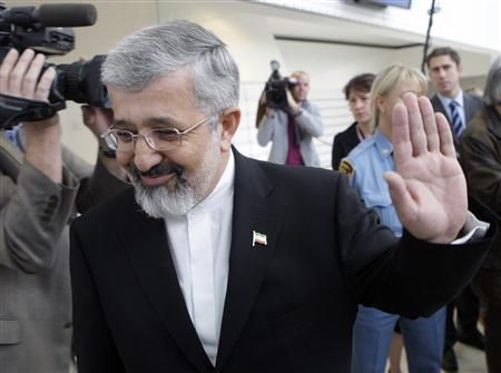 Iran's International Atomic Energy Agency (IAEA) ambassador Ali Asghar Soltaniyeh gestures after briefing the media after a meeting on the Iranian nuclear issue in Vienna with EU, Russian and U.S. diplomats at Vienna's UN headquarters October 21, 2009. REUTERS/Herwig Prammer