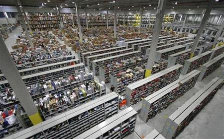 A general view shows packages at the Amazon warehouse in Leipzig, December 3, 2008. REUTERS/Fabrizio Bensch