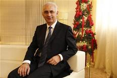 <p>Paolo de Cesare of Italy, CEO of Printemps department store, poses after an interview with Reuters in Paris November 12, 2009. REUTERS/Benoit Tessier</p>