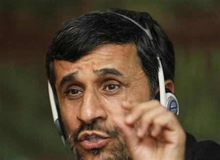 Iranian President Mahmoud Ahmadinejad talks during a news conference after 25th Meeting of the Standing Committee for Economic and Commercial Cooperation (COMCEC) of the Organization of the Islamic Conference in Istanbul November 9, 2009. REUTERS/Osman Orsal