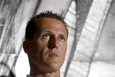 <p>Schumacher in una foto d'archivio. REUTERS/Denis Balibouse (SWITZERLAND SPORT MOTOR RACING HEADSHOT)</p>