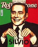 <p>La copertina del numero di dicembre dell'edizione italiana di Rolling Stone che incorona il premier Silvio Berlusconi rockstar dell'anno</p>