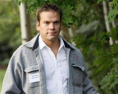 Lachlan Murdoch, son of News Corp. chief Rupert Murdoch arrives for the second session of the Allen and Co. conference at the Sun Valley Resort in Sun Valley, Idaho July 12, 2007. REUTERS/Rick Wilking