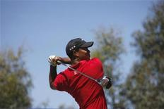 <p>Tiger Woods in un'immagine precedente all'incidente di ieri. REUTERS/Mick Tsikas</p>