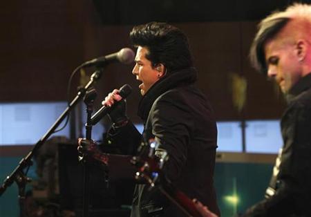 Singer Adam Lambert performs on CBS's ''The Early Show'' in New York, November 25, 2009. REUTERS/Brendan McDermid