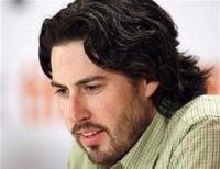 "<p>Foto de archivo del director Jason Reitman durante la conferencia de prensa para su cinta ""Up In The Air"", en el Festival de Cine de Toronto en Canadá, sep 12 2009. La película del director Jason Reitman ""Up in the Air"" fue escogida el jueves como la mejor del 2009 por el grupo National Board of Review en el primer gran premio de la temporada del Oscar en Hollywood. REUTERS/Mike Cassese</p>"