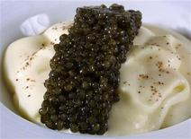 <p>France's caviar in Bordeaux, December 12, 2005. REUTERS/Regis Duvignau</p>