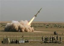 <p>An Iranian Tondar missile is launched during a test at an unknown location in central Iran September 27, 2009. REUTERS/Fars News/Ali Shayegan</p>