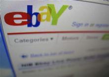 <p>Foto de archivo del sitio de subastas por internet eBay en un computador de Encinitas, EEUU, abr 22 2009. El gasto por internet en Estados Unidos creció un 5 por ciento a 27.120 millones de dólares, desde el inicio de noviembre hasta la nochebuena, pese a que el gasto por persona fue levemente menor al del año pasado, según cifras publicadas el miércoles por comScore. REUTERS/Mike Blake</p>