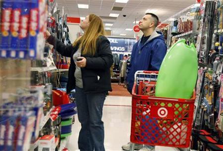 People shop at Target in New York, December 18 , 2009. REUTERS/Shannon Stapleton