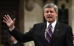 <p>Canada's Prime Minister Stephen Harper speaks during Question Period in the House of Commons on Parliament Hill in Ottawa, December 9, 2009. REUTERS/Chris Wattie</p>