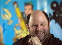 <p>U.S. actor Jason Alexander attends a news conference of the One Voice Movement in Jerusalem June 24, 2009. REUTERS/Baz Ratner</p>