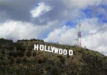 <p>A view of the Hollywood sign in the Hollywood Hills in Hollywood, California December 13, 2009. REUTERS/Fred Prouser</p>