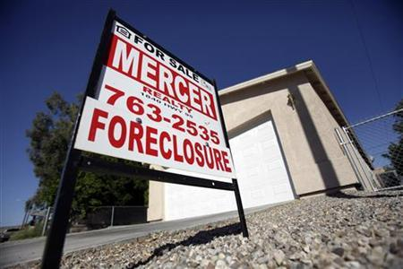 A foreclosed home is seen in Bullhead City, Arizona, November 4, 2009. REUTERS/Lucy Nicholson