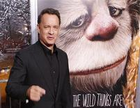 """<p>O ator e produtor Tom Hanks chega à estreia do filme """"Onde vivem os monstros"""" em Nova York no dia 13 de outubro de 2009. O filme estreia esta semana no Brasil. (Foto Arquivo Reuters) REUTERS/Lucas Jackson</p>"""