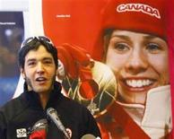 <p>Brian McKeever speaks at a news conference after he was announced to the 2010 Winter Olympic Cross Country ski team in Canmore January 22, 2010. REUTERS/Todd Korol</p>