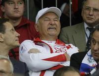 <p>Yuri Luzhkov, sindaco di Mosca, in una foto d'archivio. REUTERS/Alexander Demianchuk</p>