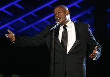 <p>Actor Forest Whitaker sings an Andy Samberg song at the 2009 MTV Movie Awards in Los Angeles May 31, 2009. REUTERS/Mario Anzuoni</p>