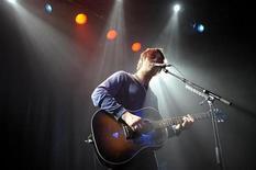 <p>11 gennaio 2010. Pete Doherty durante un concerto a Stoccolma. REUTERS/Ander Wiklund/Scanpix</p>