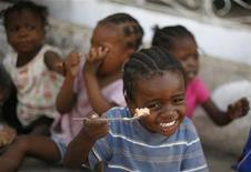 <p>22 gennaio 2010. Orfanotrofio di Port-au-Prince. REUTERS/Tomas Bravo</p>