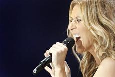 <p>Celine Dion se apresenta na cidade de Quebec em agosto de 2008. A cantora irá para Las Vegas em março de 2011 para temporada de três anos no Colosseum do Caesars Palace. REUTERS/Mathieu Belanger 22/08/2008</p>