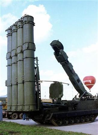 Picture shows a Russian S-300 anti-aircraft missile system. REUTERS/Viktor Korotayev