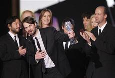 """<p>Imagen de archivo del escritor y productor Mark Boal aceptando el premio de Mejor Película por """"The Hurt Locker"""" en Los Angeles, durante la edición número 15 del Critics' Choice Movie Awards, el 15 de enero del 2010. REUTERS/Mario Anzuoni</p>"""