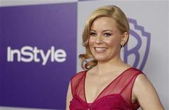 <p>Actress Elizabeth Banks poses at the Warner Bros./InStyle after party after the 67th annual Golden Globe Awards in Beverly Hills, California January 17, 2010. REUTERS/Mario Anzuoni</p>
