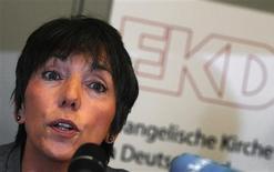 <p>Bishop Margot Kaessmann addresses a news conference in Hanover February 24, 2010. REUTERS/Stringer</p>