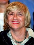 <p>Французская писательница Франсуаза Саган 6 сентября 1994 года. 26 февраля 2002 года французская писательница Франсуаза Саган признана виновной в уклонении от налогов и осуждена условно на один год за неуплату налогов на сумму порядка 830.000 евро. REUTERS/Charles Platiau</p>