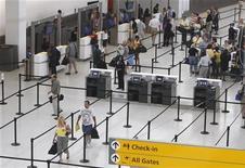 <p>Il Terminal 5 dell'aeroporto JFK. REUTERS/Joshua Lott (UNITED STATES)</p>