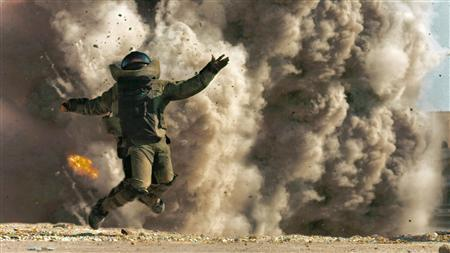 Actor Jeremy Renner is shown in a scene from the film ''The Hurt Locker'' in this undated publicity photo released to Reuters February 2, 2010. REUTERS/Summit Entertainment/Handout
