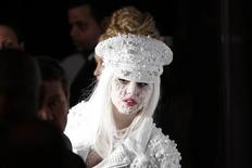 <p>Lady Gaga participa de evento beneficente da amfAR, Fundação para Pesquisa de AIDS, em Nova York. Um ex-produtor ca cantora está processando a cantora afirmando tê-la ajudado a fazer sucesso. 10/02/2010 REUTERS/Lucas Jackson</p>