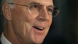 <p>Franz Beckenbauer disse que grande forma de Wayne Rooney pode levar a Inglaterra à vitória na Copa do Mundo da África do Sul. REUTERS/Michael Buholzer</p>