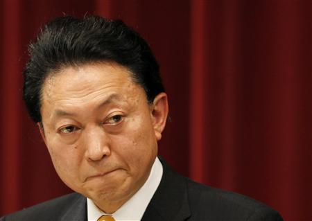 Japan's Prime Minister Yukio Hatoyama listens to a reporter's question during a news conference in Tokyo March 26, 2010. REUTERS/Yuriko Nakao