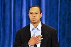 <p>Tiger Woods pauses while delivering a statement to friends and family in Ponte Vedra Beach, Florida, February 19, 2010. REUTERS/Lori Moffett/Pool</p>