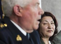 <p>Zophia Cisowski (R) listens as Royal Canadian Mounted Police Deputy Commissioner Gary Bass apologizes for the death of her son Robert Dziekanski in Richmond, British Columbia, April 1, 2010. REUTERS/Andy Clark</p>