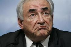 <p>Managing Director of the International Monetary Fund (IMF) Dominique Strauss-Kahn pauses during a press conference following the G20 Summit on Financial Markets and the World Economy in Washington November 15, 2008. REUTERS/Molly Riley</p>