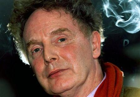 File picture of Malcolm McLaren taken on December 16 1999. REUTERS/Dylan Martinez