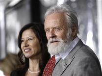 "<p>Cast member Anthony Hopkins and his wife Stella Arroyave pose at the premiere of ""The Wolfman"" at the ArcLight theatre in Hollywood, California February 9, 2010. REUTERS/Mario Anzuoni</p>"