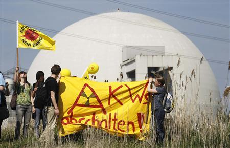 Anti-nuclear protesters take part in a demonstration at Biblis nuclear power plant in Biblis some 50 kilometres (31 miles) south of Frankfurt April 24, 2010. REUTERS/Johannes Eisele