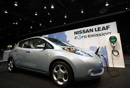 The Nissan Leaf electric car is seen at the 2010 North American International Auto Show during press days in Detroit, Michigan, January 12, 2010. REUTERS/Mark Blinch