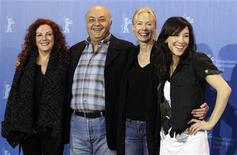 "<p>Director Feo Aldaag (2nd R) poses with actors Sibel Kekilli (R), Derya Alabora (L) and Settar Tannoegen during a photocall to promote their movie ""Die Fremde"" (When we Leave) at the 60th Berlinale International Film Festival in Berlin February 13, 2010. REUTERS/Christian Charisius</p>"