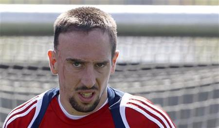 Bayern Munich's French midfielder Franck Ribery attends a training session in Munich April 28, 2010. REUTERS/Michaela Rehle