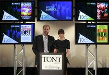 <p>Actors Jeff Daniels (R) and Lea Michele announce the nominees for the American Theatre Wing's 2010 Tony Awards in New York, May 4, 2010. REUTERS/Brendan McDermid</p>