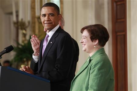 U.S. President Barack Obama and his nominee for Supreme Court Justice, Solicitor General Elena Kagan, appear in the East Room at the White House in Washington May 10, 2010. Kagan is Obama's choice to replace retiring Supreme Court Justice John Paul Stevens. REUTERS/Kevin Lamarque