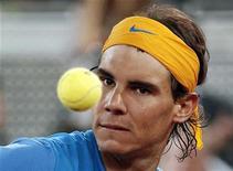<p>Espanhol Rafael Nadal avançou às quartas-de-final do Masters de Madri. REUTERS/Juan Medina</p>